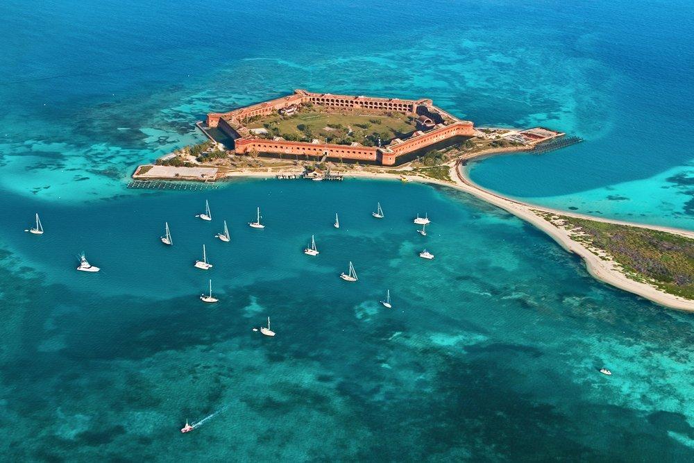 Dry Tortugas, Benteng Yang Menjadi Tempat Wisata Di Tengah Lautan [ www.BlogApaAja.com ]